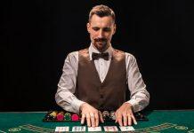 Gamblers Card dealer