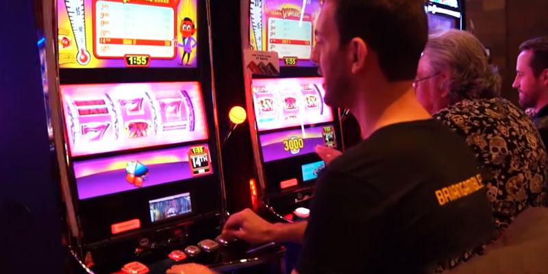 Casino Guy Plaing Tournament in Slots